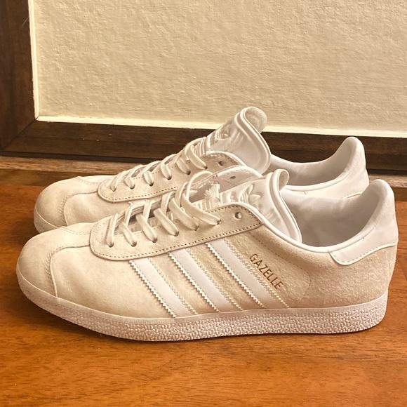 Gazelle Adidas women's sneaker! make me offer!!!